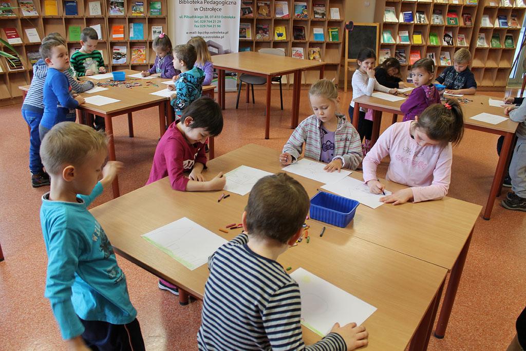 Artykuł: 'JEŻYKI' ze SP nr 5 w bibliotece