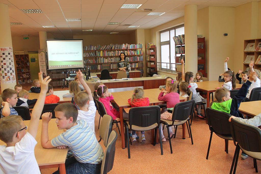 Artykuł: Uczniowie rozmawiali o odżywianiu