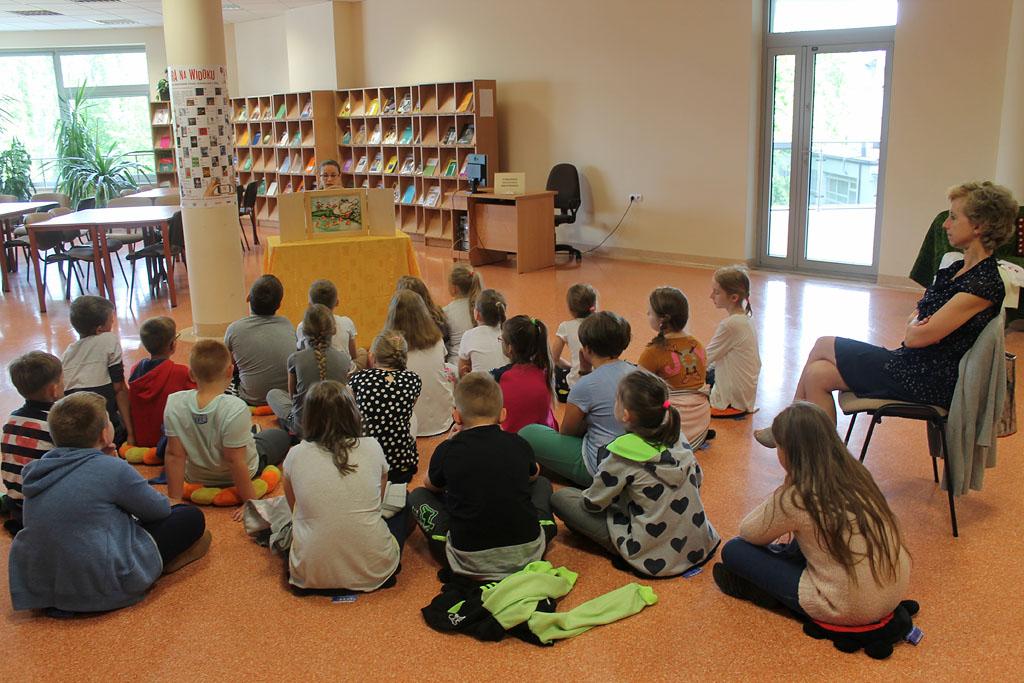Artykuł: Uczniowie SP 1 tworzyli teatrzyk
