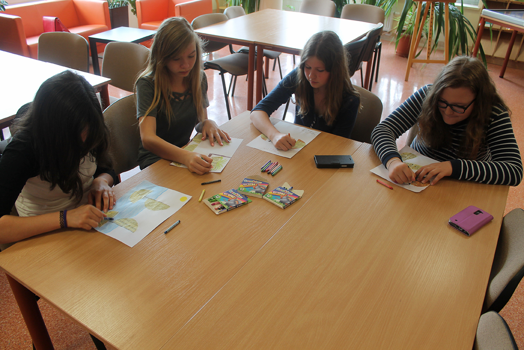 Artykuł:  Uczniowie na zajęciach czytelniczych