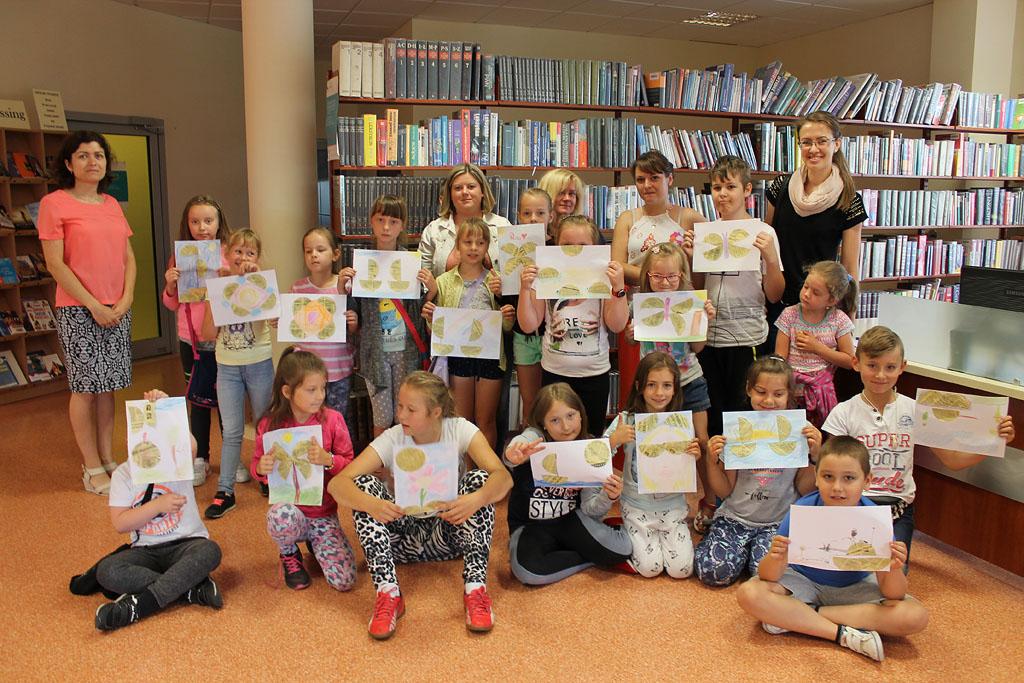 Artykuł: Dzieci  z ostrołęckich świetlic z wizytą w bibliotece